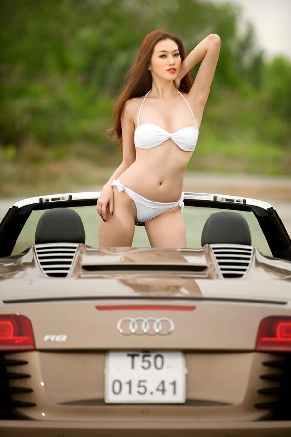 Người mẫu Khánh My Nguyễn Thị Nhàn sexy bikini táo bạo