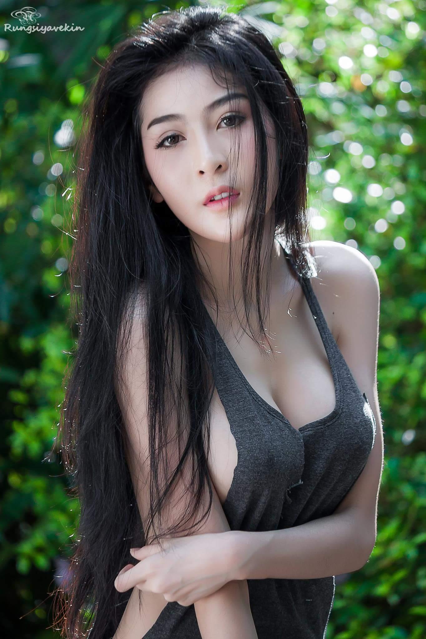 Pronpan Koomthong thiên thần của các FA đây