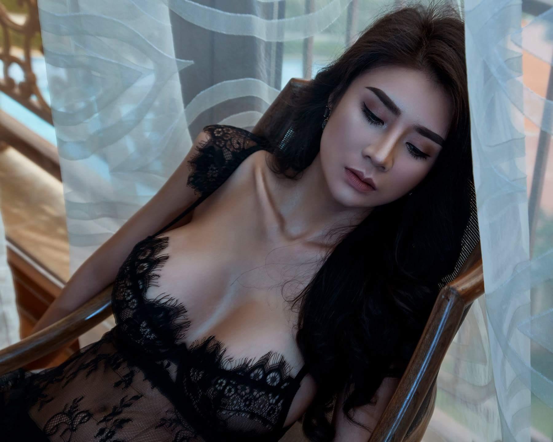 Vũ Ngọc Thiên Trúc nude rực lửa photo Vương Chánh Khiêm