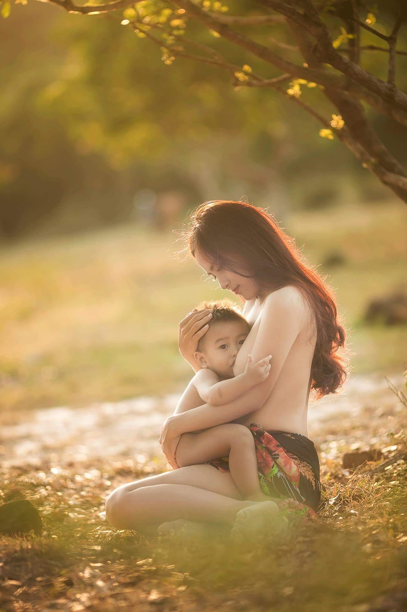 Bà mẹ trẻ Huyền Trang nude photo Cường Trần Studio