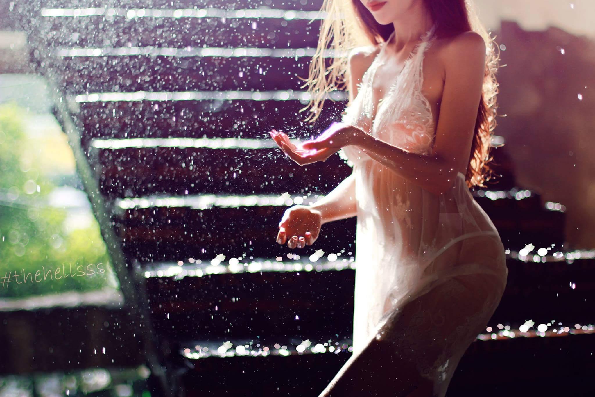 Nguyễn Hoàng Trinh vẻ đẹp của người con gái sexy photo The Hell