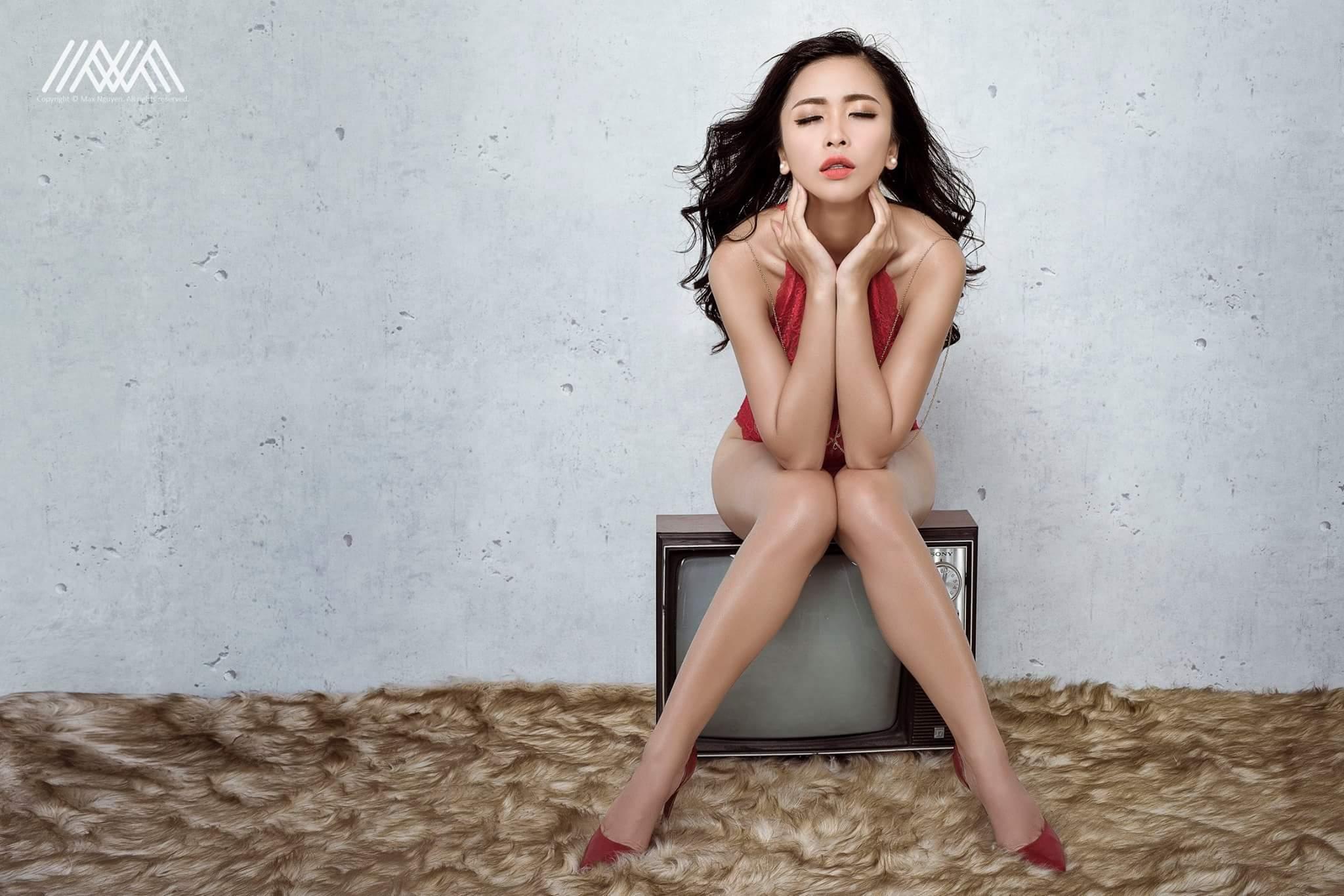 Thanh Vân girl dâm sexy đa tình photo Max Nguyễn