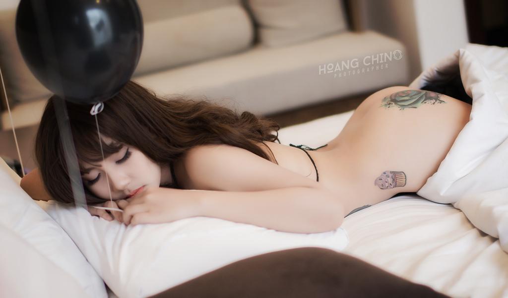 Khiêu khích quá đi mất photo Hoàng Chino